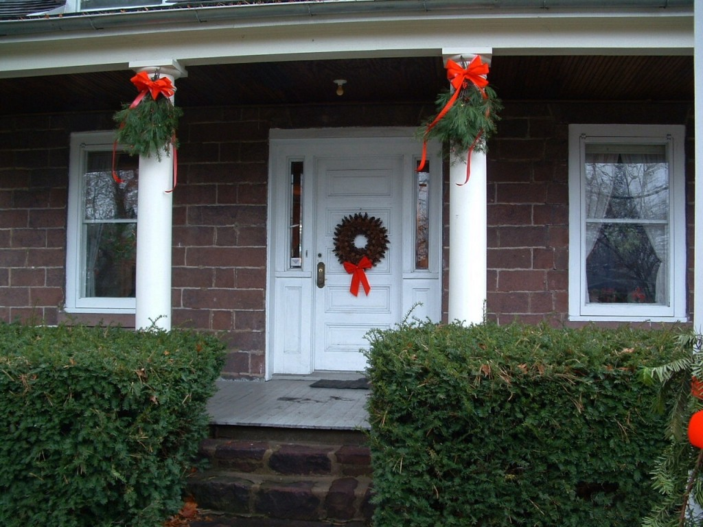 GFFR-Dutch Christmas front of house